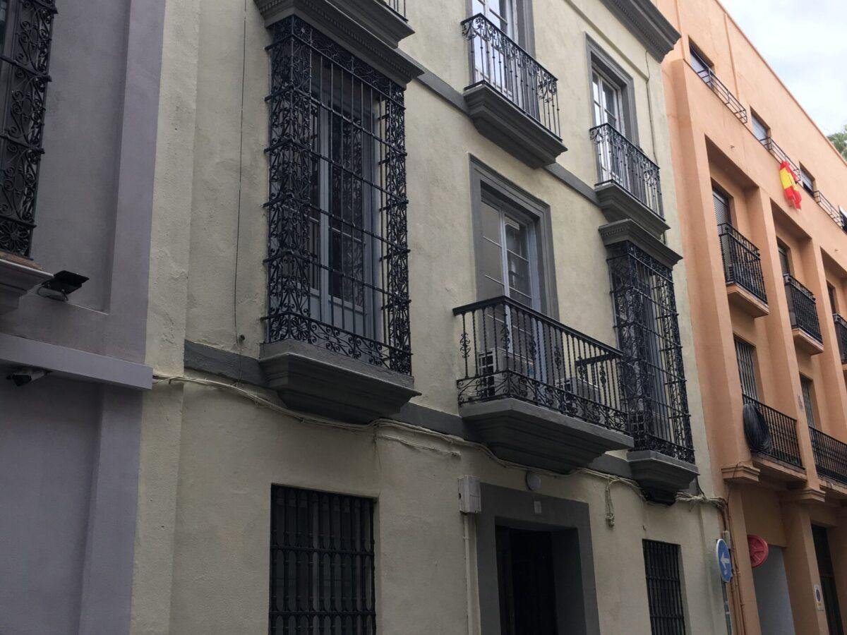 Rehabilitaciones de edificios en Sevilla, Rehabilitación integral fachada oficinas CGT. C/ Alfonso XII. Sevilla