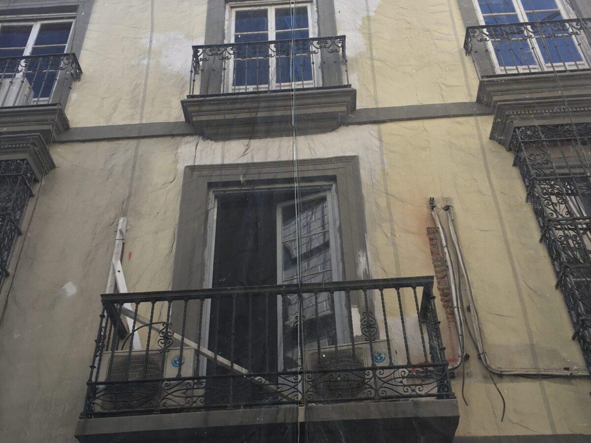 Rehabilitación integral fachada oficinas CGT. C/ Alfonso XII. Sevilla